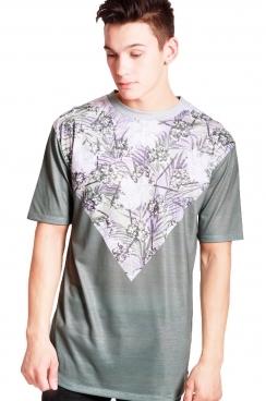 Ollie Tropical V Print Classic Fit T-shirt